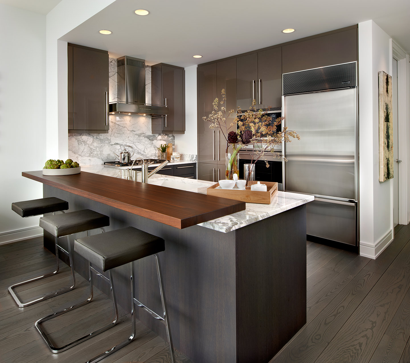 A kitchen facelift gives this high rise condo a dramatic new look. Trump Condo Remodel   Snaidero